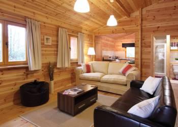 Woodland-Park-Lodges