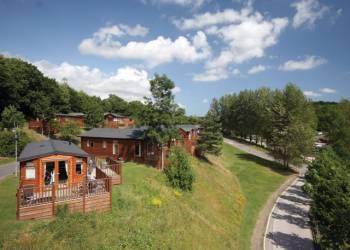 Finlake-Lodges