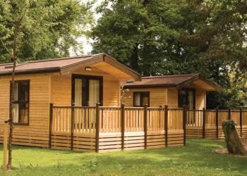 Sandy-Balls-Lodges
