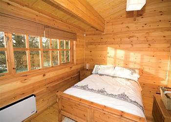 Waterside-Lodge