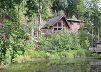 Niagra-Lodge
